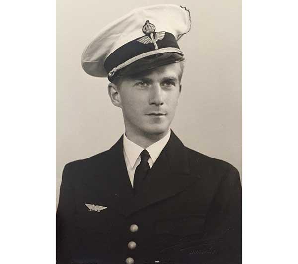 Sten V Frykholm